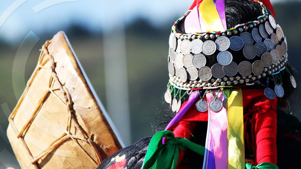 mujer-mapuche-transforma-turismo